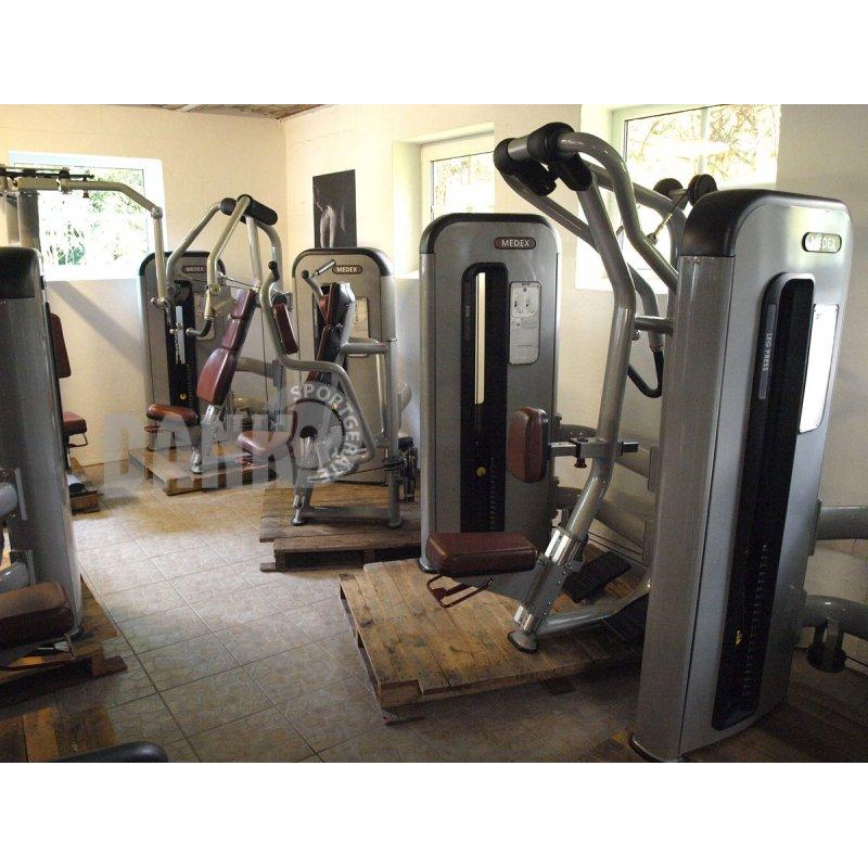 komplette fitnessstudio einrichtung ger tepark mit ber 4. Black Bedroom Furniture Sets. Home Design Ideas