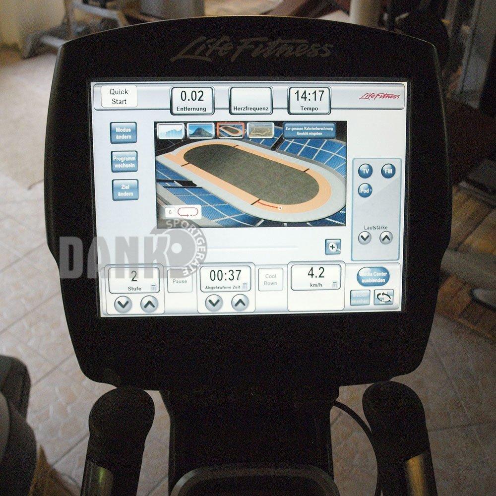 Life-Fitness-Crosstrainer-95X-Elevation-Series-95x-Engage-15-Touchscreen-Konsole-gebraucht-ueberholter-Zustand_b5.jpg