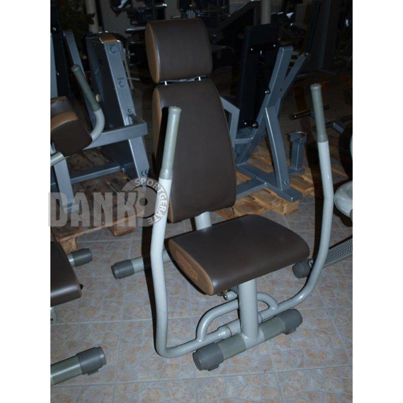 Fitnessgeräte  Easy Line von TechnoGym, Zirkel, 8 Fitnessgeräte, Farbe Silber,