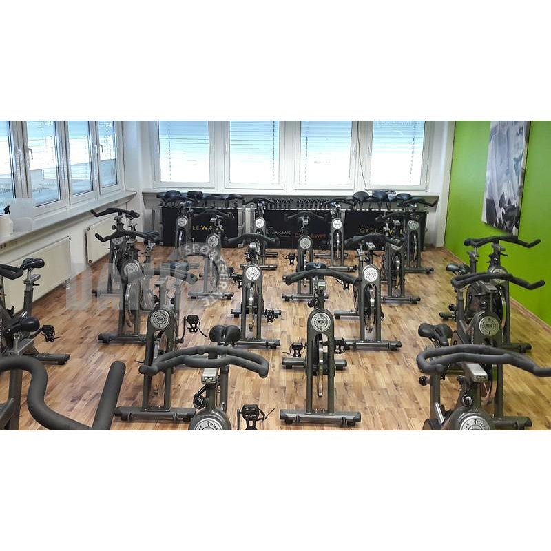 Tomahawk S-Serie Indoor Cycling, 22 Stück, mit großem Cycl